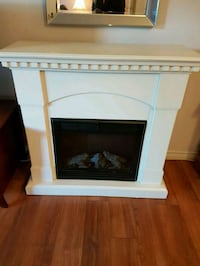 white and black electric fireplace Montréal, H9H 2M7