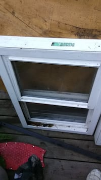 Two windows 50 each one 28/30. The Uther 29/21 Edmonton