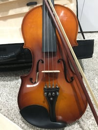 Brown violin with bow and case Greenbelt