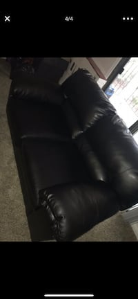 Black Leather Couches  North Charleston, 29418