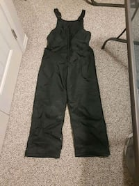 Snowpants with straps $20 Red Deer, T4R 0E6
