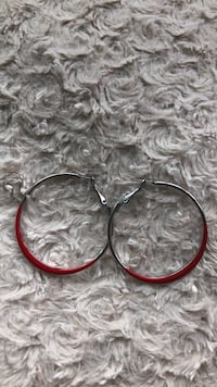 Red Hoop Earrings Hyattsville, 20782