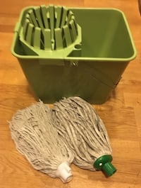 Green Bucket with snap-in wringer and 2 cotton mops