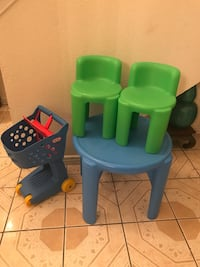 baby's green and blue high chair El Paso, 79912