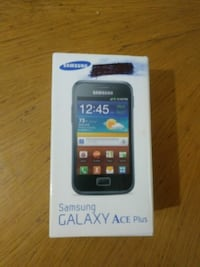 Samsung galaxy ace plus  6806 km