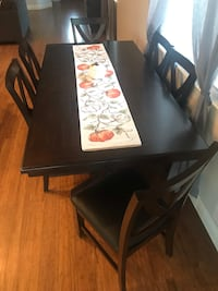 Dining Set (Almost New)
