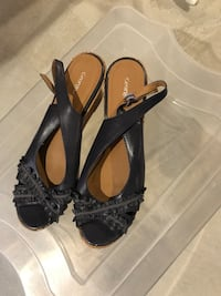 Woman's shoes size 11 Innisfil, L9S