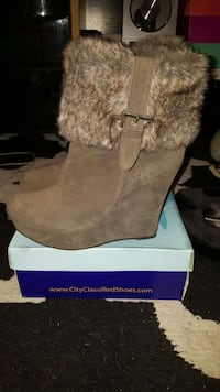 women's brown suede wedge boots Santa Cruz, 95060