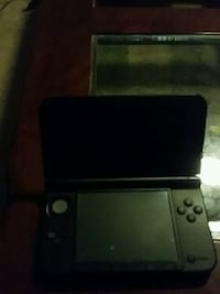 Nintendo 3ds with 2 games. Pokemon Silver/Gold Odessa, 79761