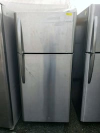 Frigidaire Stainless Steel Refrigerator 18 Cu Ft. Fullerton
