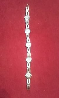 Ladies Very Nice Sterling Silver Bracelet 25.8 grams