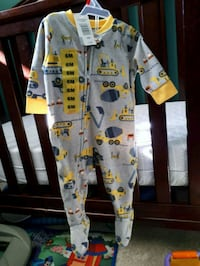 *New* 6 month jammies Barrie, L4M 3V3