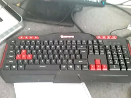 Gaming keyboard with cable