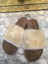 Size 8 never worn sandals