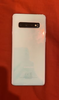 Galaxy s10 in almost perfect condition. Comes with accessories + case (T-Mobile) price very negotiable  New York, 11367