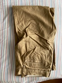 Old Navy Khaki Pants Toronto, M5B 2L5