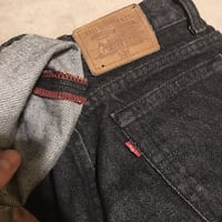 black and gray Levi's denim bottoms Barrie, L4N 0A9