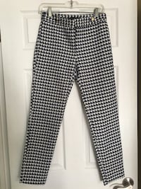 Zara Blue and White Patterned Pants  Laval, H7W 4M1