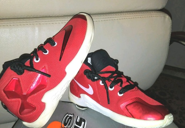 4b1a0066494d Used Nike KD Sneakers for sale in Largo - letgo