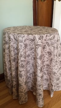black and white floral table cover