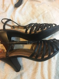 Clark leather sandals size 6.5 Ooltewah, 37363