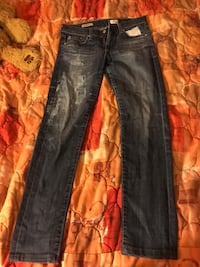 Distressed blue-washed jeans Myrtle Beach, 29577