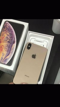 Rose gold iPhone x  with box Lancaster, 93535