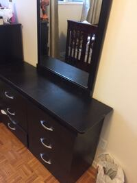 Dark brown wooden dresser with mirror Oshawa, L1G 3S3