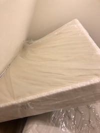 Serta queen size boxspring  Foster City, 94404