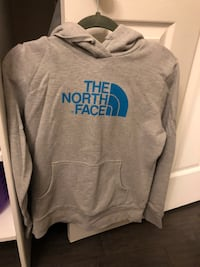 Women's Northface Sweatshirt