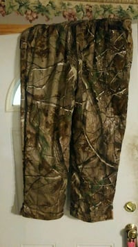 brown and black real tree camouflage pants Coal Grove, 45638