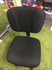black padded office rolling chair Mississauga, L5N 5L9