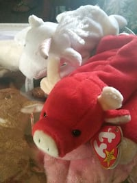 red and white TY Beanie Baby bear plush toy Cheney, 99004