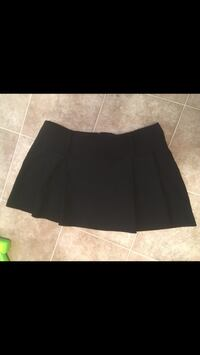 Black mini skirt. Size small. Zip up in back   Halifax, B3B 1A6