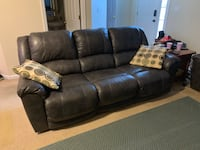 Persiphone Leather Reclining Sofa and Loveseat Hanover, 17331