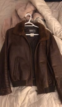 Roots leather jacket 722 km
