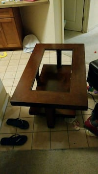 Coffee table and one end table Wheaton-Glenmont, 20902