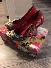 Ed hardy ladies shoes size 5 in excellent conditio Brampton, L6W 1V2