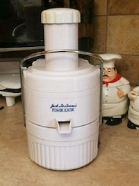 white and gray Jack Lalanne's power juicer Tampa, 33610