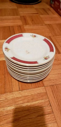 Asian design small plates Longueuil, J4V 2H7