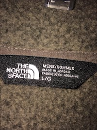 Men's size large new north face jacket