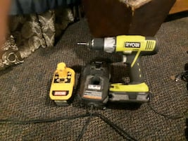 Ryobi drill with two batterys