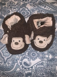 Slippers (snoozes) 3 months  Abbotsford, V2T 5P8