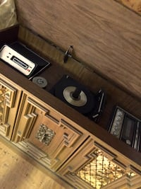 Brown wooden vintage turntable console Hagerstown, 21740