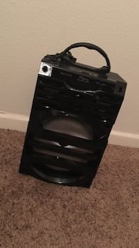 Black portable speaker very good condition is like new