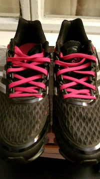pair of black-and-pink Nike basketball shoes Winter Haven, 33880
