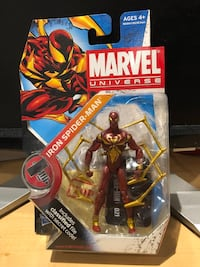 Marvel Universe Spider-Man  Iron Spider-Man action figure