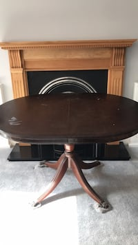 round brown wooden pedestal table London, N10 2BU