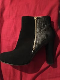 Beautiful Iman black suede booties San Tan Valley, 85140