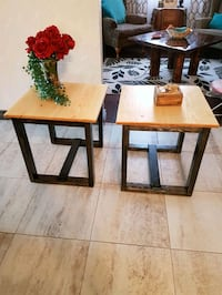 New handcrafted end tables 22x22x22 high Cayuga, N0A 1E0